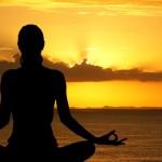 Yoga al tramonto con aperitivo