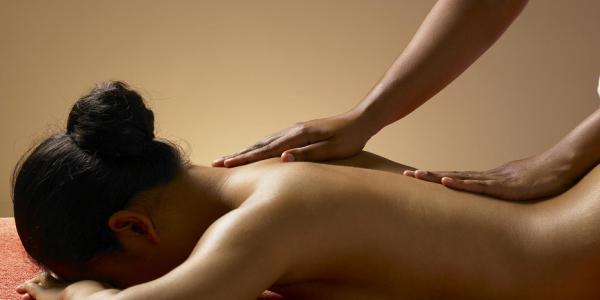 Massage Emotional Experience ® – Riscopri la Donna che è in te